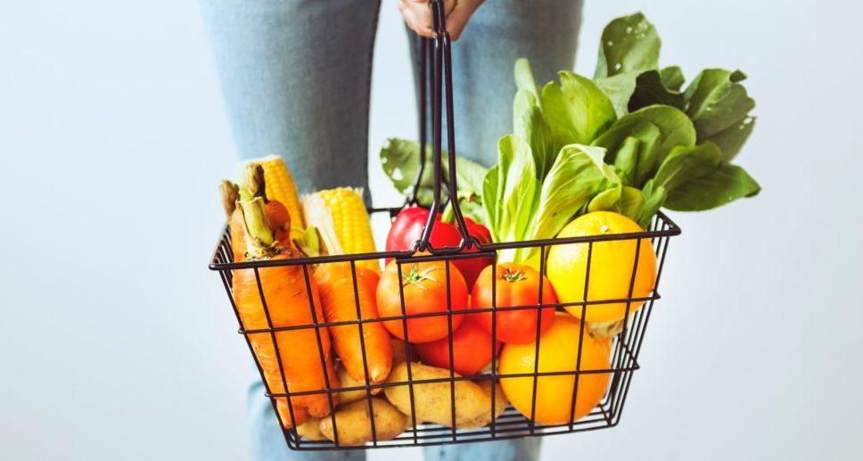 Can vegetables reduce skin cancer symptoms?